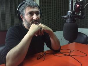Juan Casanova de Los Traidores pasó por La Mañana de UNI Radio