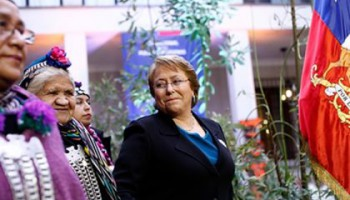 bachelet-mapuches-420x248